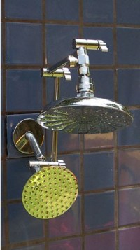 Double 8 Inch and 5 1/4 Inch Rainshower - Product Image